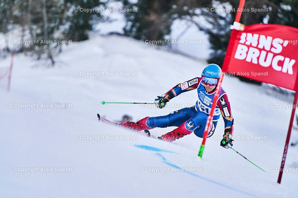ALS5927_WWMG_GS-II_C   (C) FotoLois.com, Alois Spandl, WinterWorldMastersGames 2020 Innsbruck, Giant Slalom-II Gruppe C Damen, Patscherkofel Olympiaabfahrt, Mi 15. Jänner 2020.