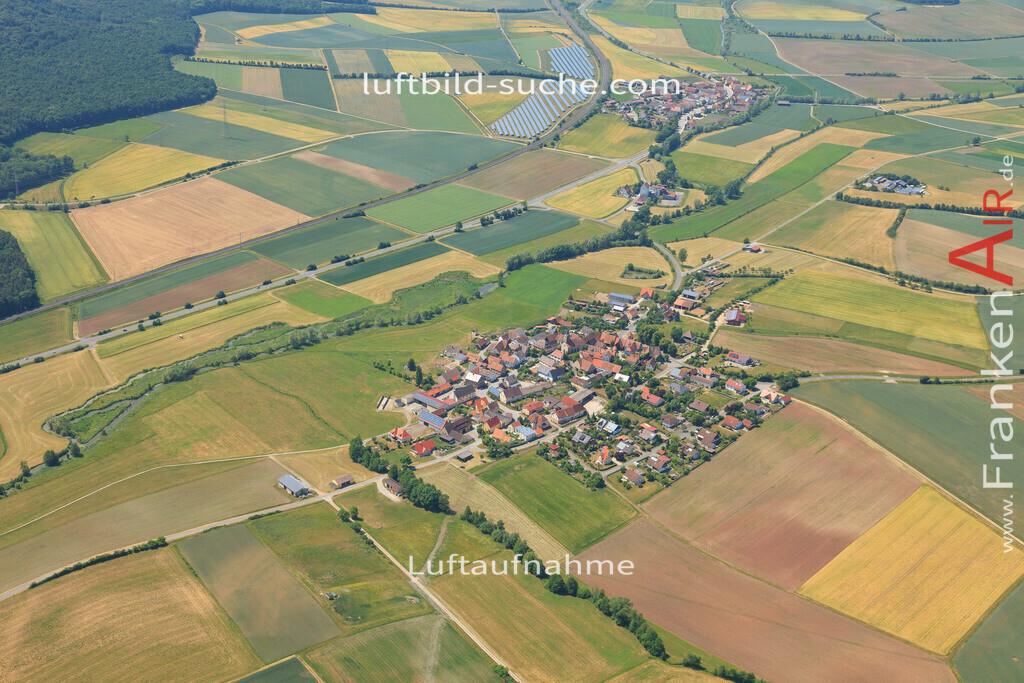 unterlaimbach-scheinfeld-2015-65 | Luftbild von Unterlaimbach Scheinfeld - Luftaufnahme wurde 2015 von https://frankenair.de mittels Flugzeug (keine Drohne) erstellt - die Geschenkidee