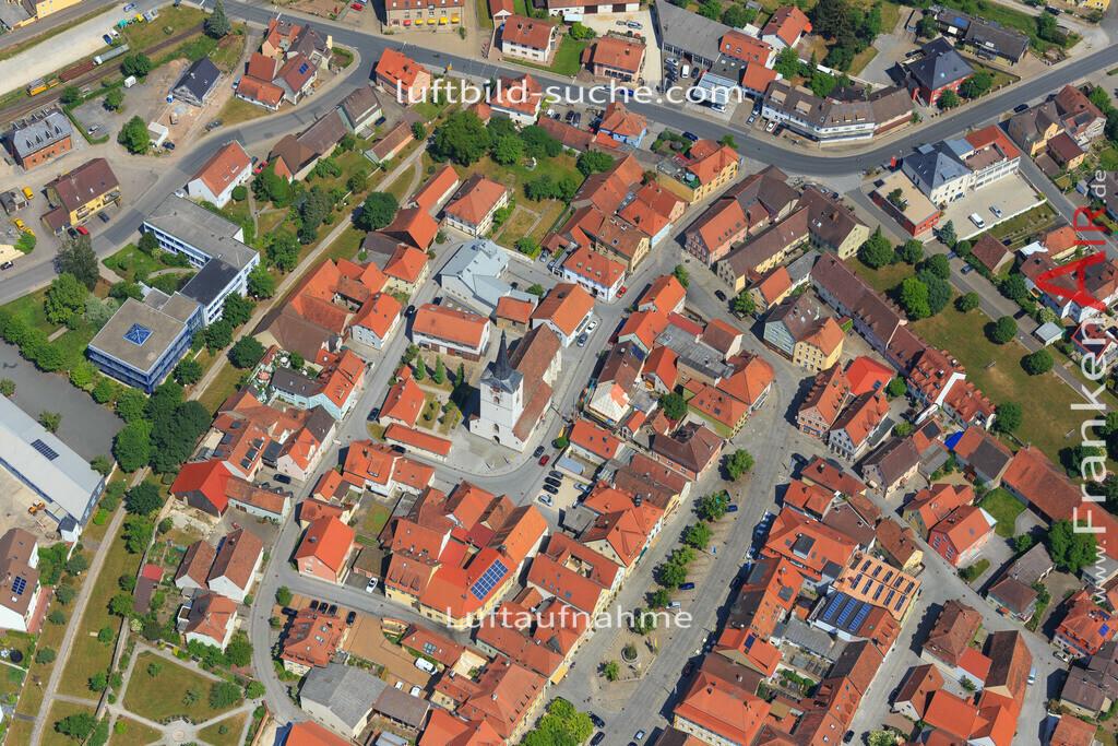 schluesselfeld-2015-1630   Luftbild von  Schluesselfeld - Luftaufnahme wurde 2015 von https://frankenair.de mittels Flugzeug (keine Drohne) erstellt - die Geschenkidee