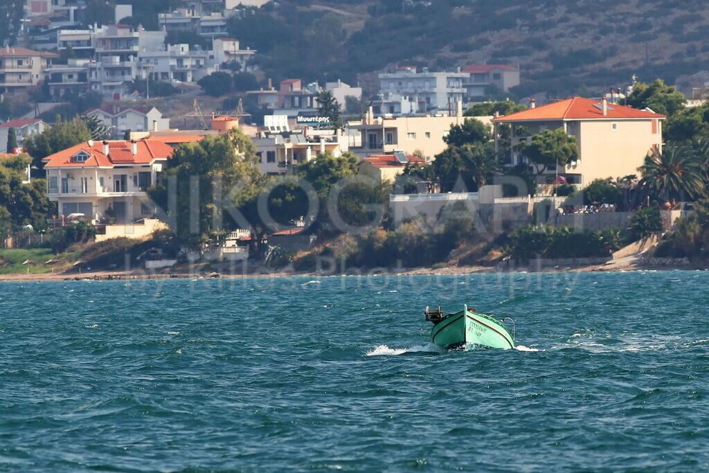 Fischerboot bei Chalkida | Fischerboot bei Chalkida auf der griechischen Insel Euböa.