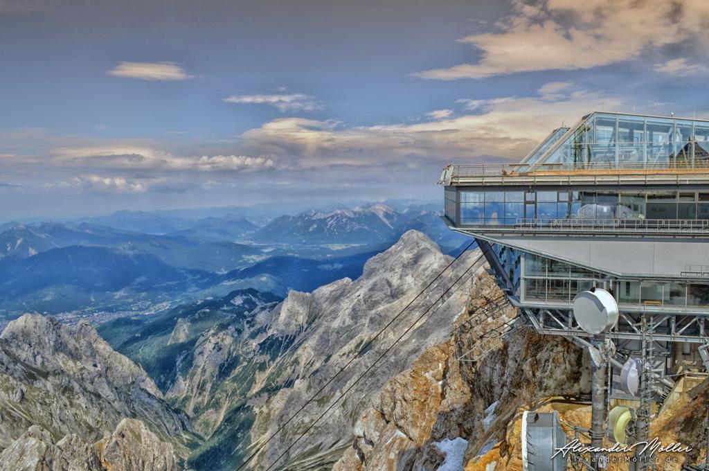 Zugspitze No.4 | Die Zugspitze - Hochwertige Bilder von Alexander Möller. Verschiedene Formate und Fotoprodukte im AlexanderMöller.de Bildershop