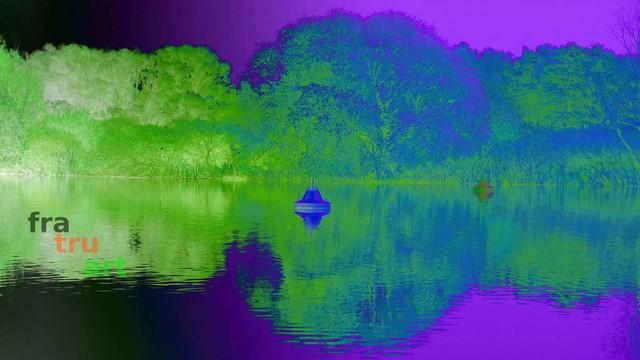 Buoy light blue | Foto