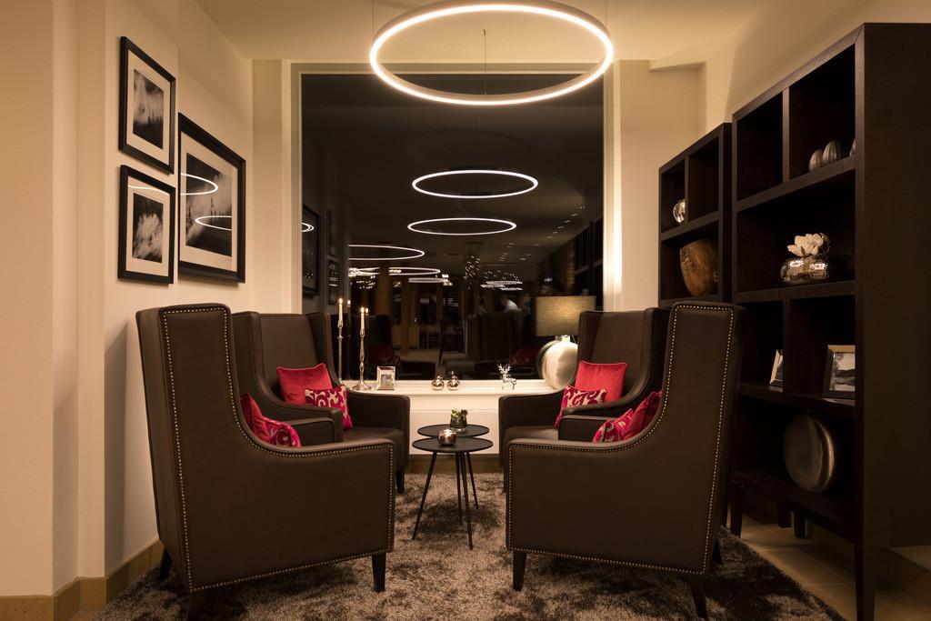 lobby-04-hotel-brunnenhaus-schloss-landau