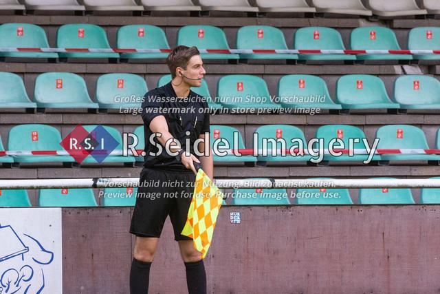Fußball, Herren, LOTTO-Pokal Halbfinale, FC Eintracht Norderstedt - Altona 93, Edmund-Plambeck-Stadion, 16.08.2020