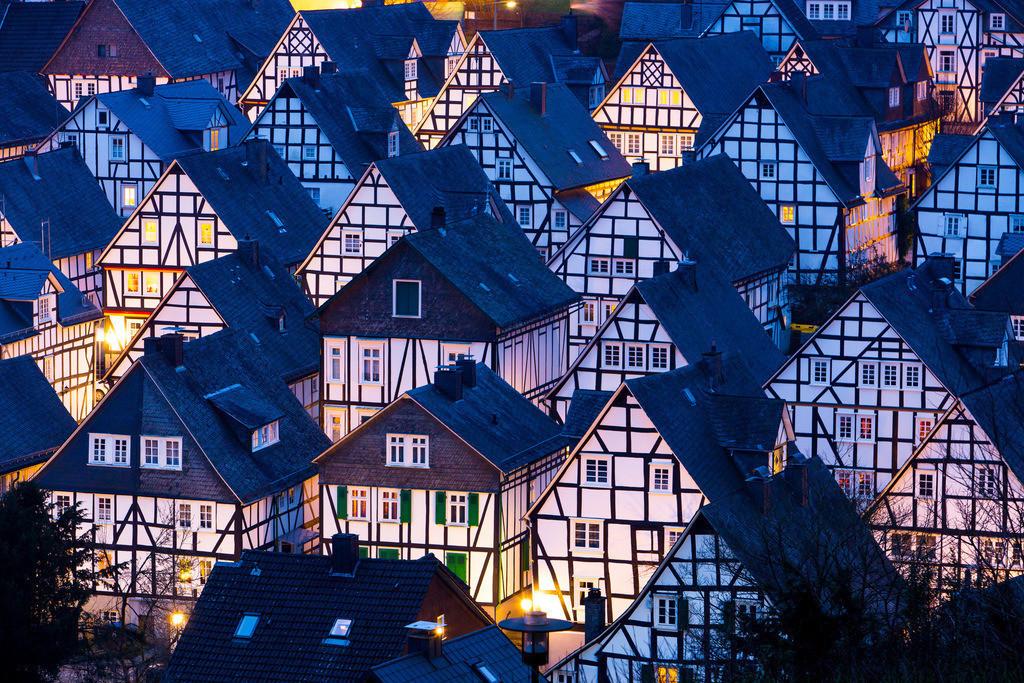 JT-160225-329   Historische Altstadt von Freudenberg, Alter Flecken, Siegerland, Kreis Siegen-Wittgenstein, Fachwerkhaus Kulisse,