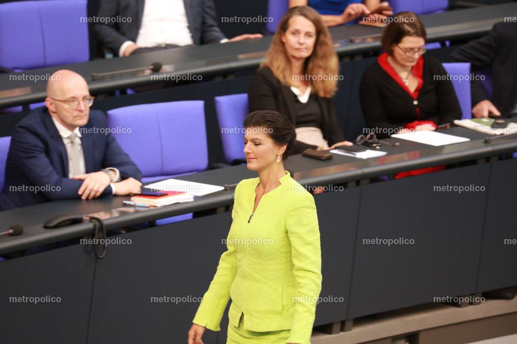 Sahra Wagenknecht träumt