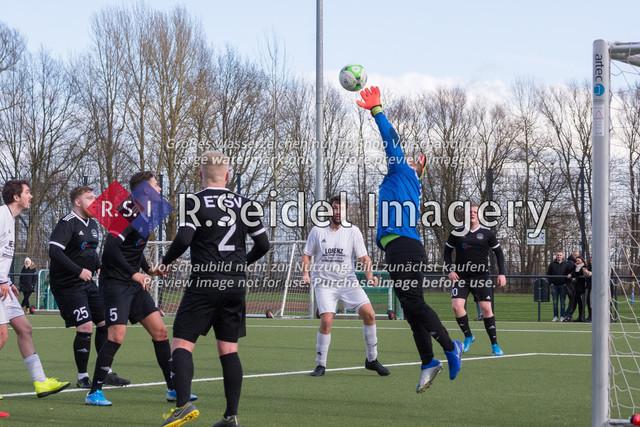 Fußball, Herren, Kreisliga 3, ETSV Hamburg II - SC Vier- und Marschlande III., Mittlerer Landweg, 01.03.2020