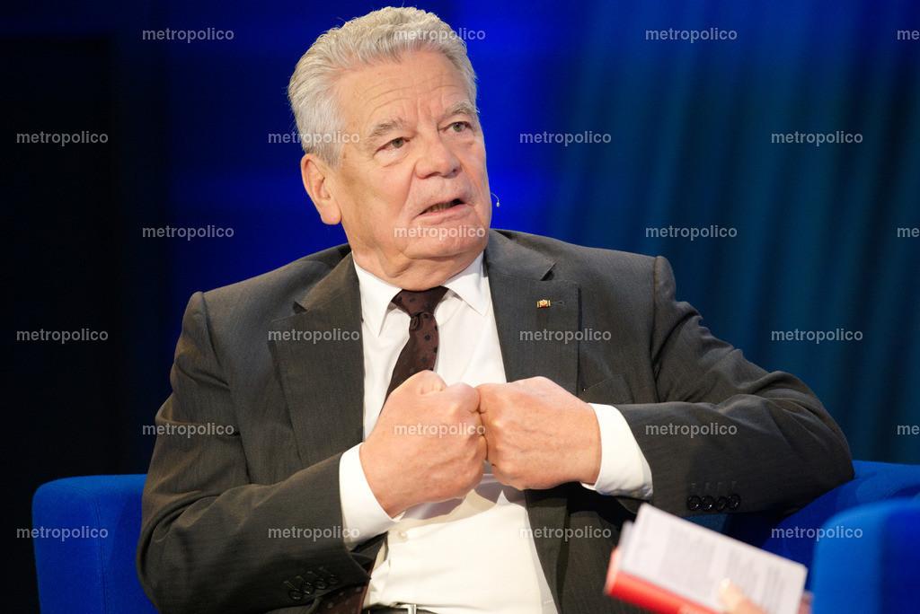 Joachim Gauck (17(