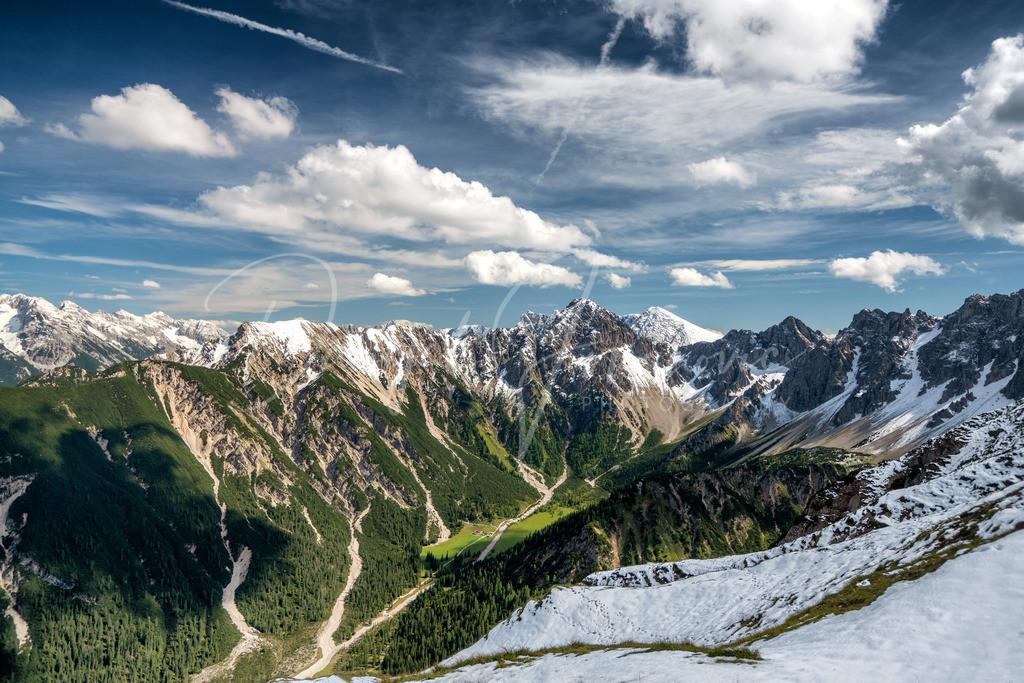 Eppzirltal   Blick von Seefeld ins Eppzirlertal und ins Karwendel