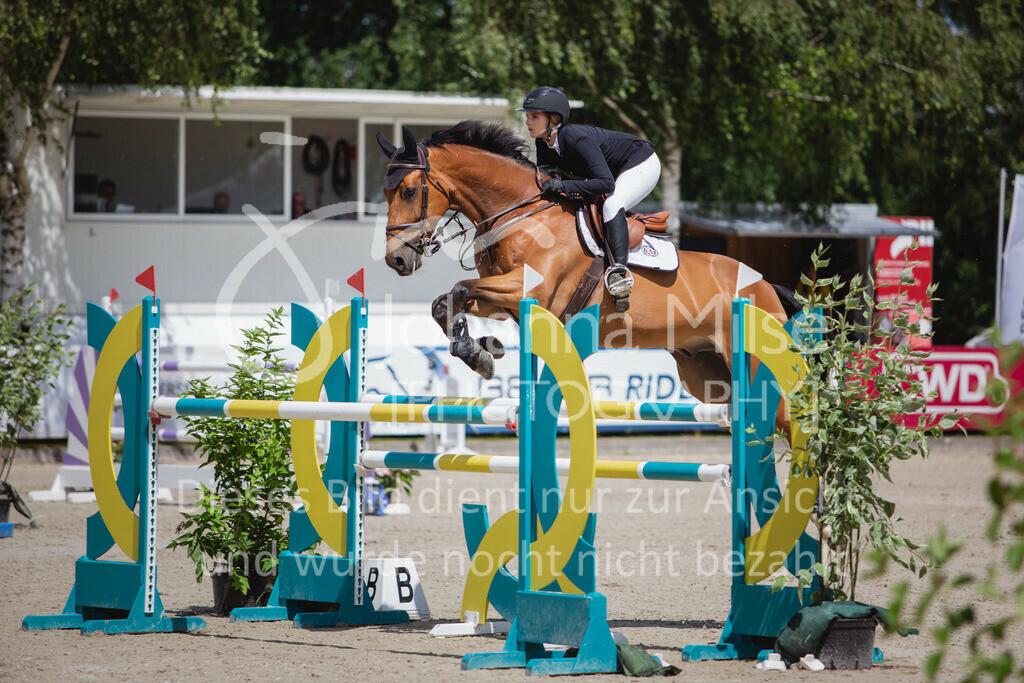 200726_Wohlde_M2-Springen-108   Late Entry Wohlde Pedersen Sporthorses 26.07.2020 Springprüfung Kl. M** 7jährig + ält. Pferde