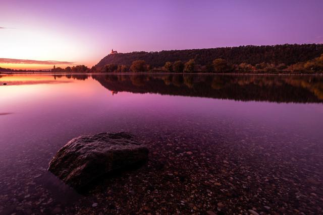 Blick auf Bogenberg von der Donau