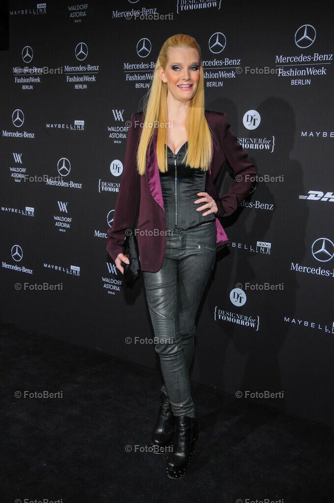 Fashionweek   Mirja Du Mont