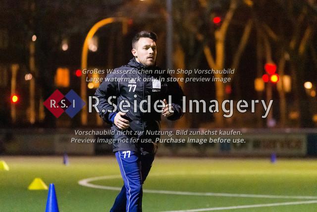 Nach Pandemie- und Winterpause darf der FC Teutonia 05 endlich das Training am Sportplatz Kreuzkirche wieder aufnehmen | Ömer Akyörük