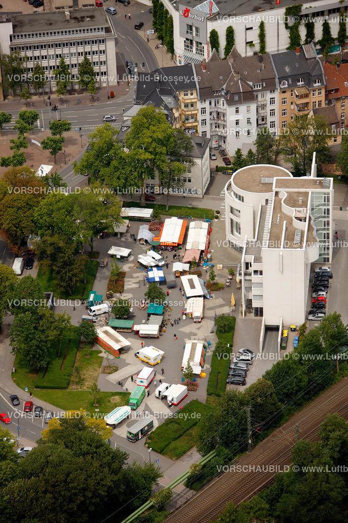 RE11070385 | Wochenmarkt am Samstag, Dr.-Helene-Kuhlmann-Parks in Recklinghausen, zwischen Augenklinik und Rathaus,  Recklinghausen, Ruhrgebiet, Nordrhein-Westfalen, Germany, Europa