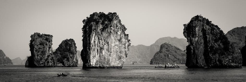 Ha Long Bay-1