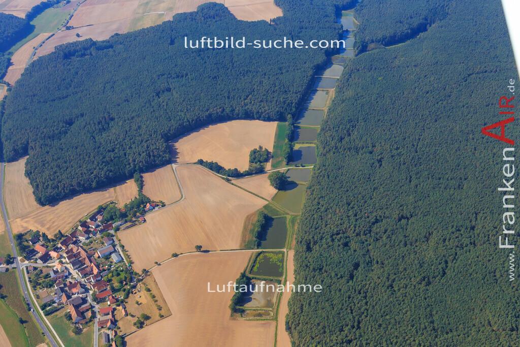 tragelhoechstadt-uehlfeld-2016-281 | Luftbild von Tragelhoechstadt Uehlfeld - Luftaufnahme wurde 2016 von https://frankenair.de mittels Flugzeug (keine Drohne) erstellt - die Geschenkidee