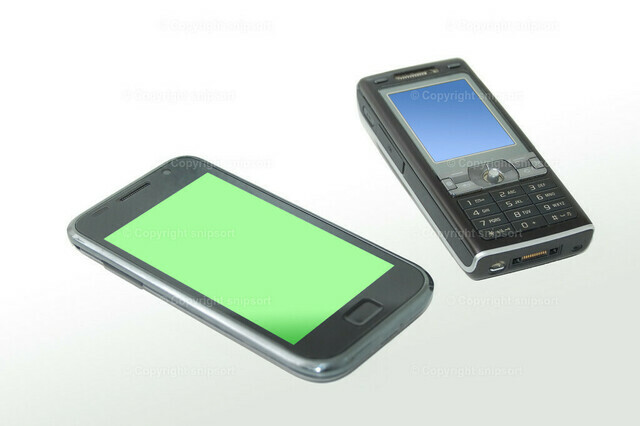 Zwei Handygenerationen | Zwei Generationen von Smartphones (isoliert)