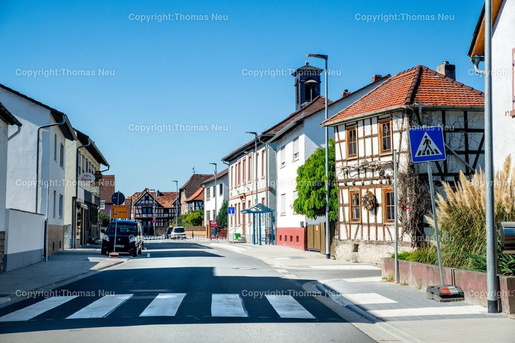 DSC_9968 | Bensheim,bbe,Stadtteil Schwanheim, Blick von Ost nach West Rohrheimer Straße,  ,, Bild: Thomas Neu