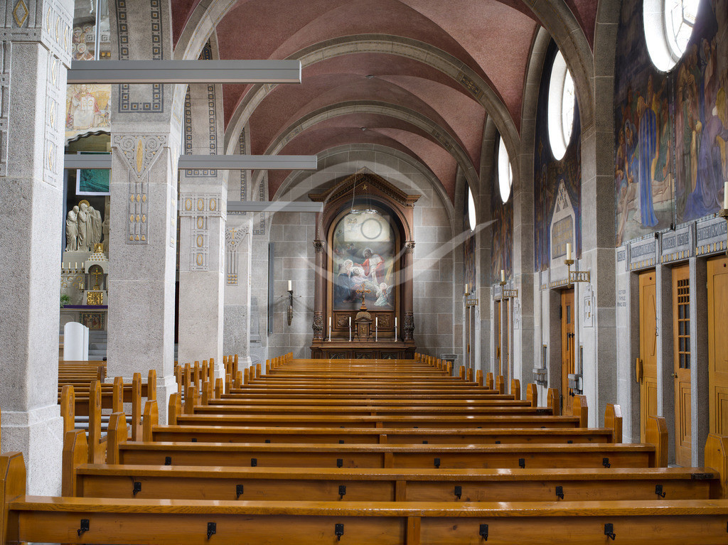 St Georg Seitenaltar rechts