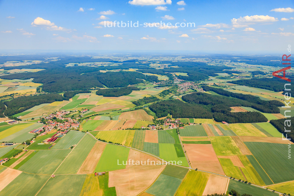 hoefen-baudenbach-2015-4712 | Luftbild von Hoefen Baudenbach - Luftaufnahme wurde 2015 von https://frankenair.de mittels Flugzeug (keine Drohne) erstellt - die Geschenkidee