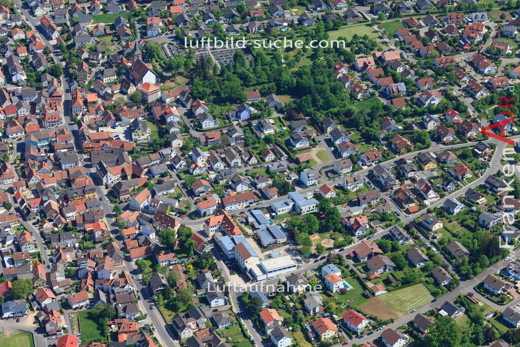 bischberg-18-335   aktuelles Luftbild von  Bischberg - Luftaufnahme wurde 2018 von https://frankenair.de mittels Flugzeug (keine Drohne) erstellt.