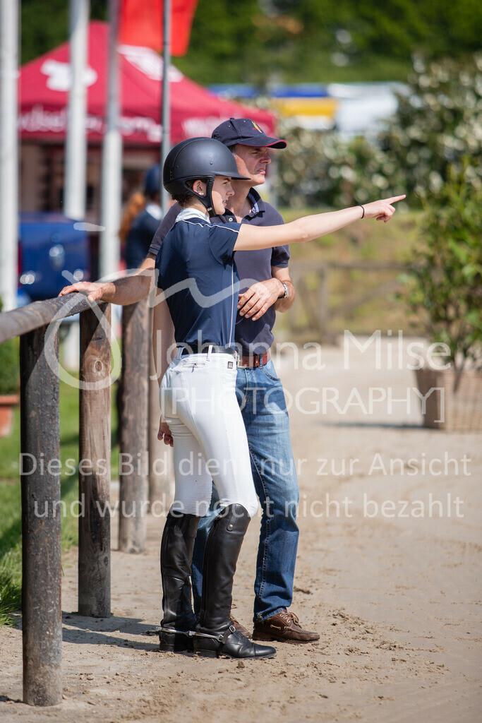 190524_LüPfSpTa_M-Spr_U25-300 | Pferdesporttage Herford 2019 Springprüfung Kl. M* U25