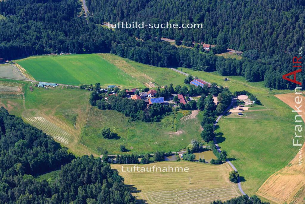 sackenreuth-kulmbach-17-1373 | Luftbild von Sackenreuth Kulmbach - Luftaufnahme wurde 2017 von https://frankenair.de mittels Flugzeug (keine Drohne) erstellt - die Geschenkidee