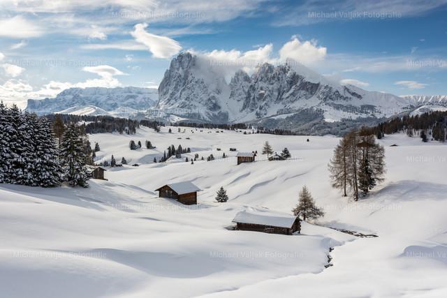 Winter auf der Seiser Alm   Winterstimmung auf der Seiser Alm in Südtirol.