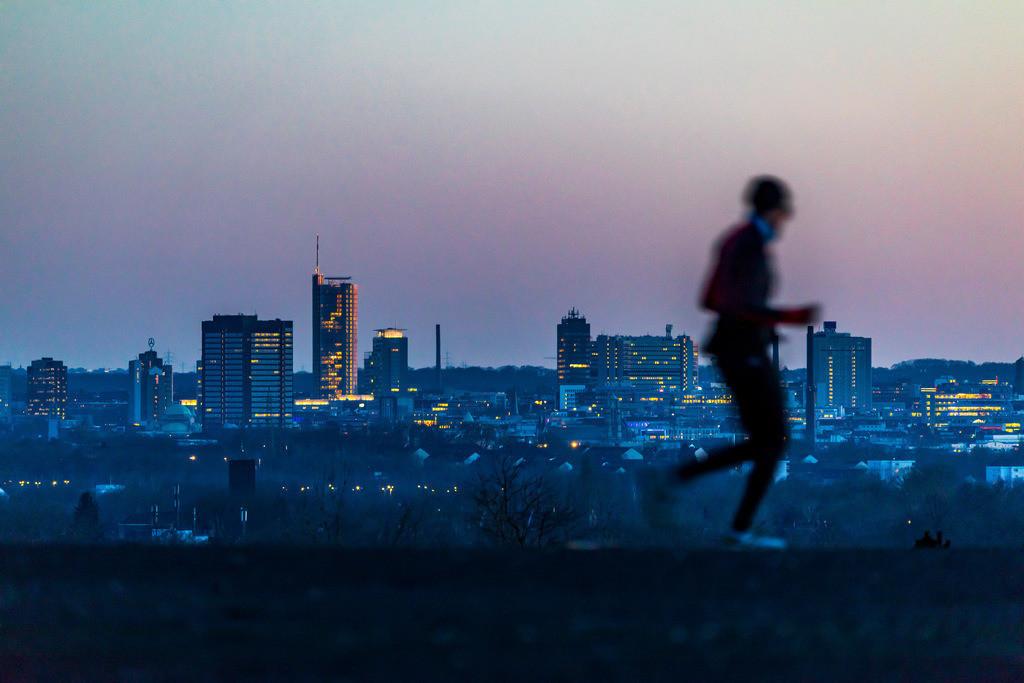 JT-18021-085 | Die Skyline von Essen,