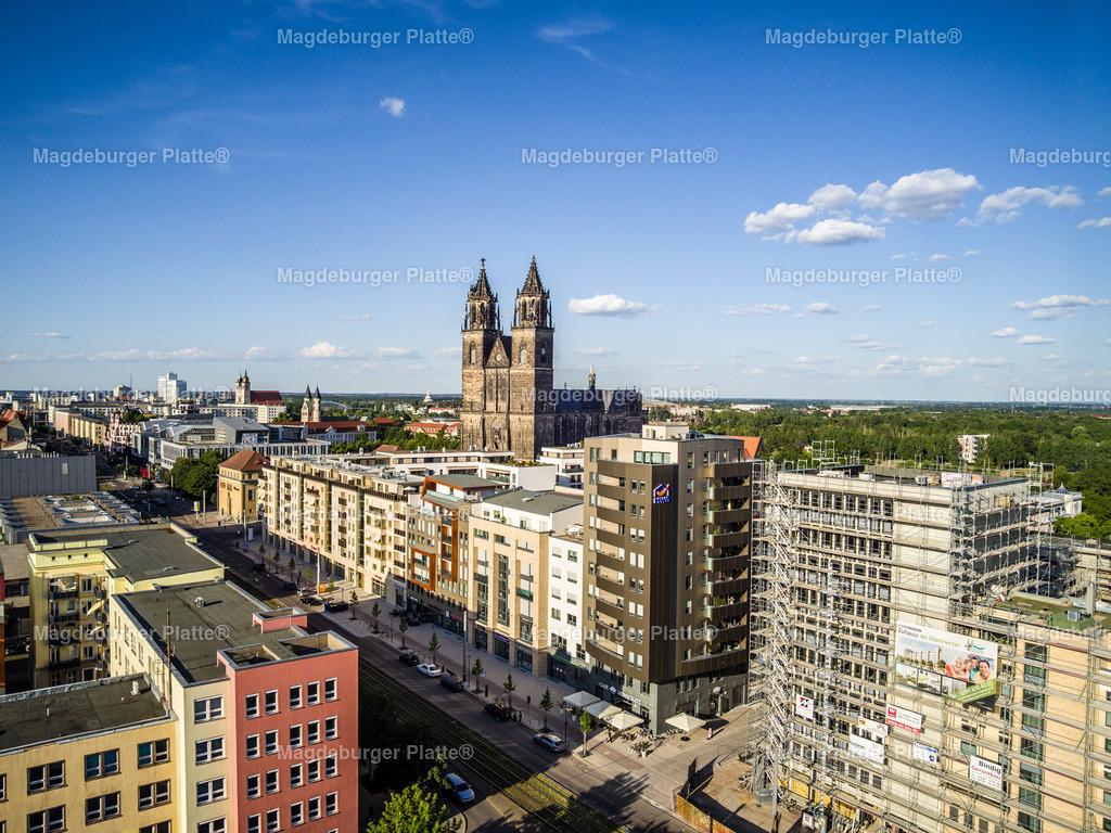 Magdeburg Breiter Weg Engel _ Völkers-0005 | Luftbilder aus der Vogelperspektive von MAGDEBURG mit Drohne oder von oben fotografiert für die Bilddatenbank der Luftbildfotografie von Sachsen - Anhalt.