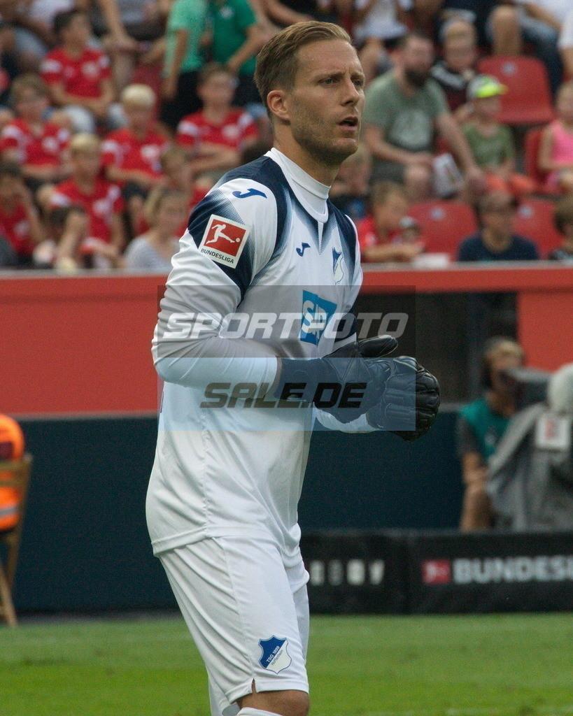 Bayer 04 Leverkusen - TSG 1899 Hoffenheim | Hoffenheims Torwart Oliver Baumann
