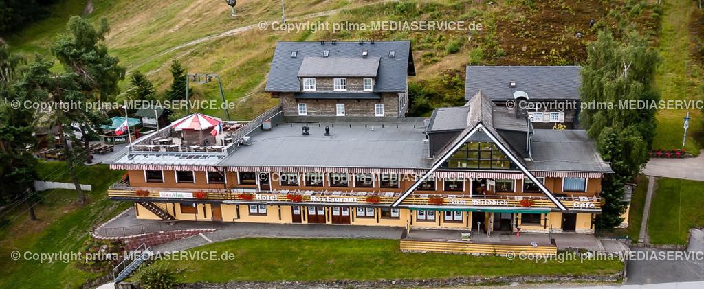 2013-08-15-Luftbilder-Willingen-F0618 | Luftbild 15.08.2013 in Willingen (Upland) (Hessen, Deutschland), Gastronomiebetrieb