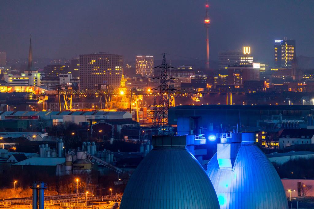 JT-180313-047 | Stadtpanorama von Dortmund, Innenstadt, Fernsehturm Florian, Dortmunder-U, Faultürme der Emscher Kläranlage Dortmund Deusen,