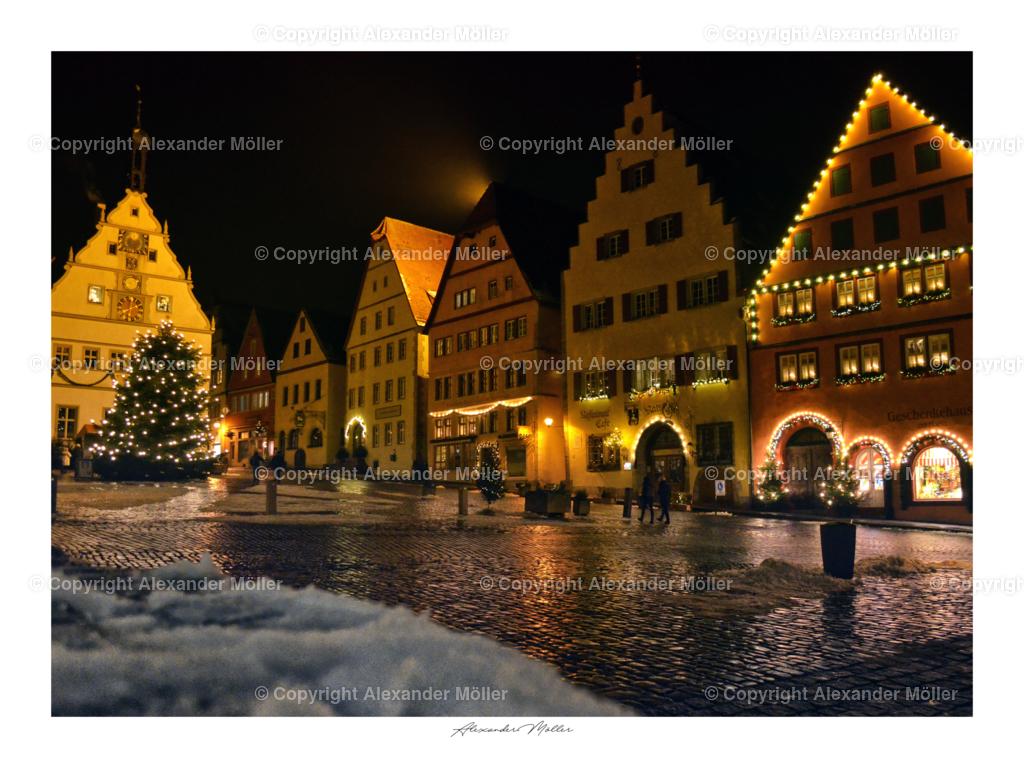 Rothenburg ob der Tauber No.114 | Dieses Werk zeigt die winterliche Nachweihnachtszeit auf dem berühmten Marktplatz von Rothenburg.