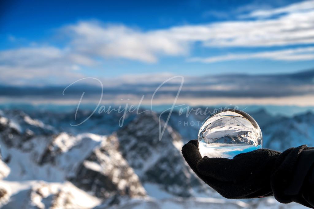 Stubaier Gletscher   Blick vom Stubaier Gletscher nach Südtirol