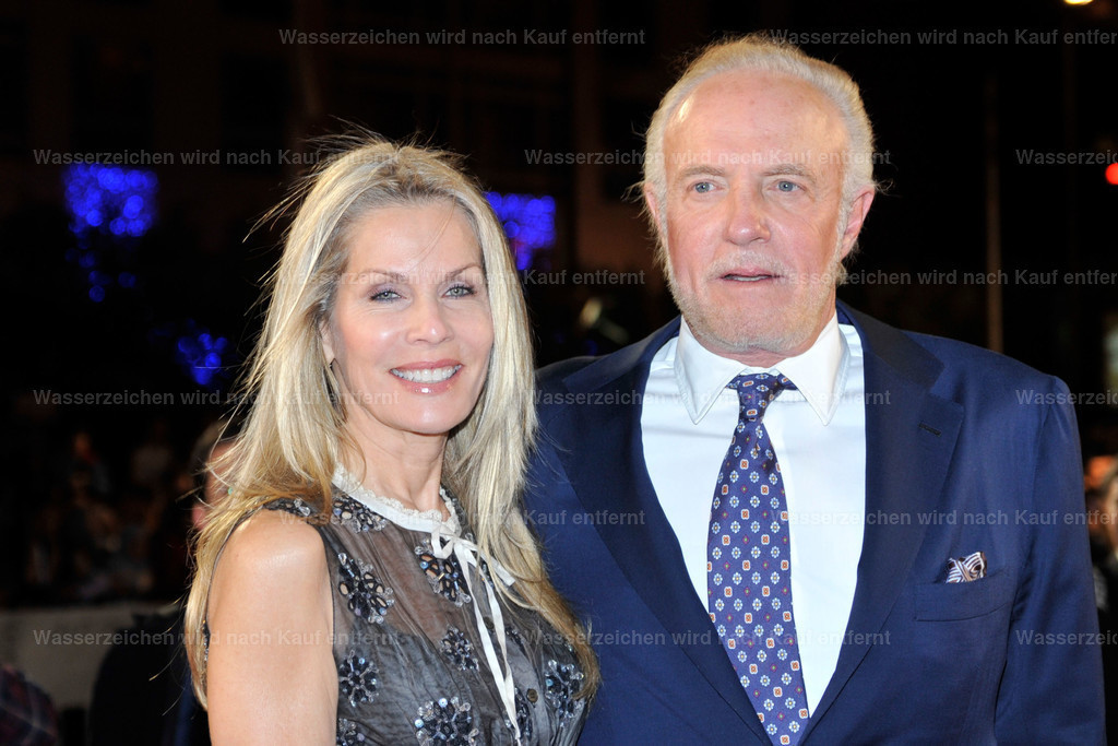 James Caan & Linda Stokes | James Caan & Linda Stokes