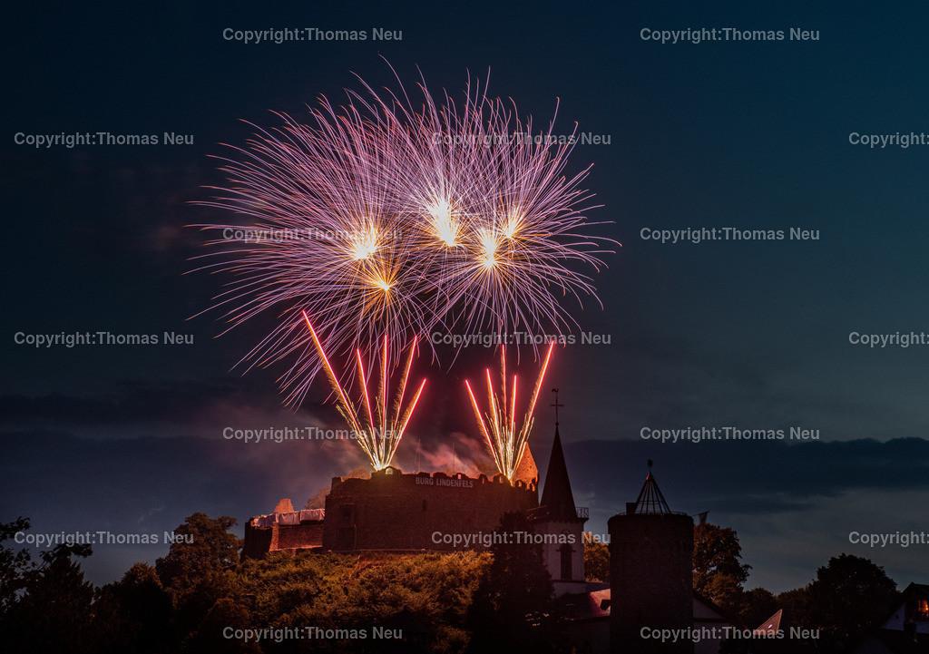DSC_8565   Lindenfels, Burgfest Startschuss mit Lampionumzug und Feuerwerk, ,, Bild: Thomas Neu