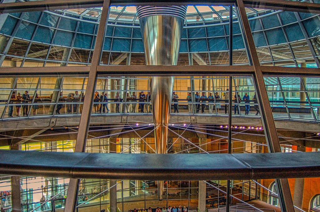 070607_1438-14404 | In der Reichstagskuppel