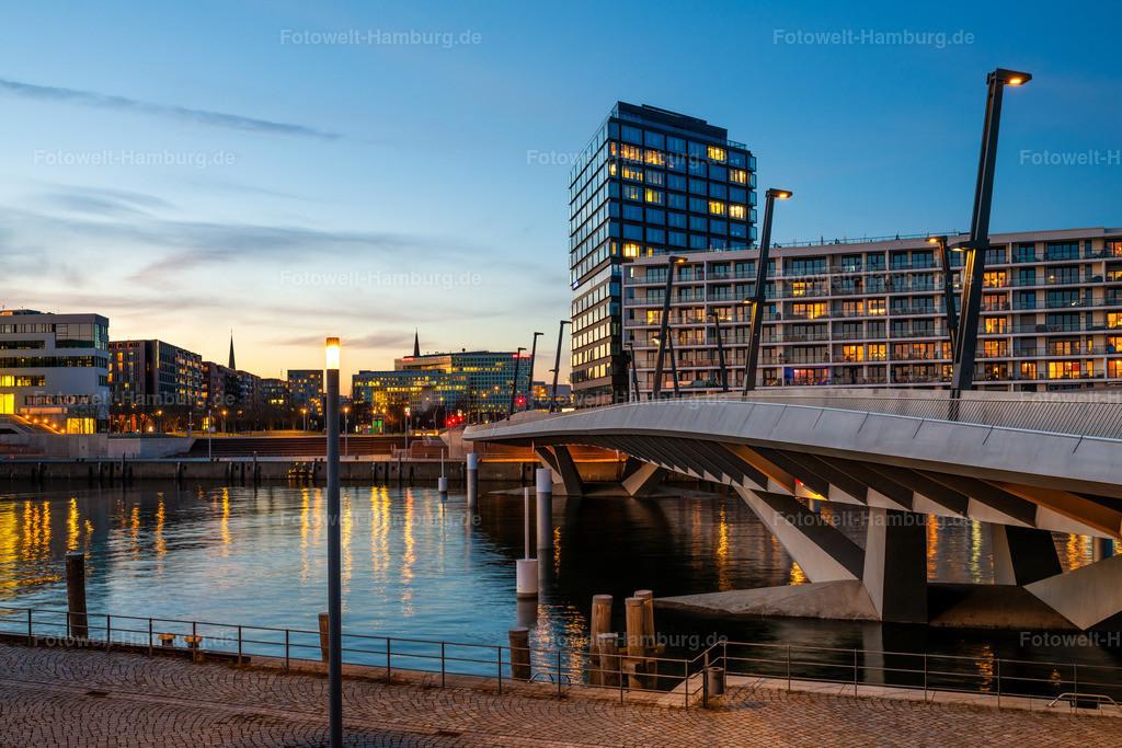 10210316 - Campus Tower | Blick auf die Baakenhafenbrücke und den Campus Tower.