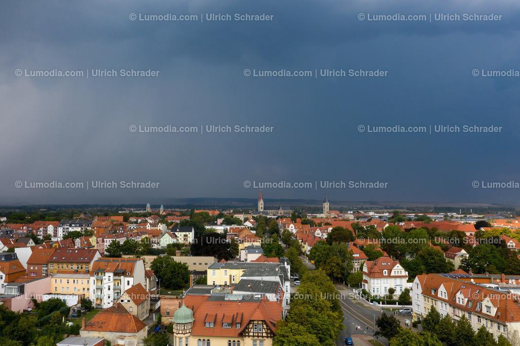 10049-50713 - Gewitterstimmung über Halberstadt