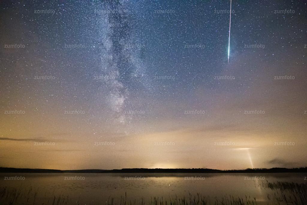 190802_0032-5773-285 | Die letzte Nacht habe ich mal wieder unterm Sternenhimmel verbracht. Zur Zeit sind die Delta Aquarits wieder aktiv und die Perseiden auch. Also nichts wie raus und den Kopf des Nachts in die Höhe gerichtet ;-)