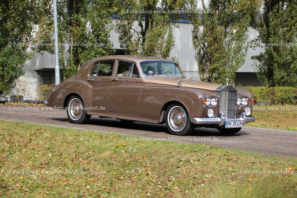 Rolls-Royce Silver Cloud III Limousine 4 Türen, 1963 | Rolls-Royce Silver Cloud III Limousine 4 Türen, Farbe: Braun, Oberklasse, Baujahr 1963, Bauzeit des Silver Cloud III 1963-66, GB, UK, Großbritannien, United Kingdom