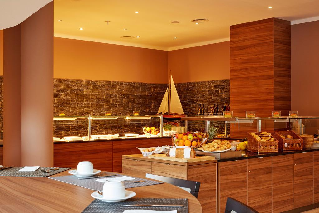 buffet-02-h4-hotel-hamburg-bergedorf