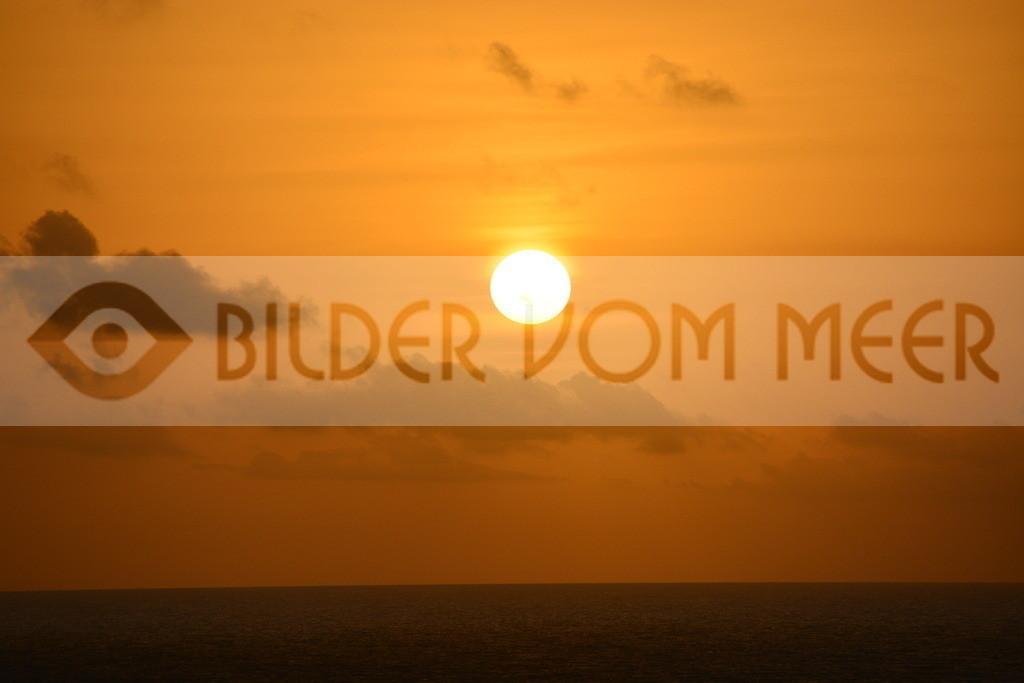Bilder Sonnenuntergang   Sonnenuntergang vor Ibiza