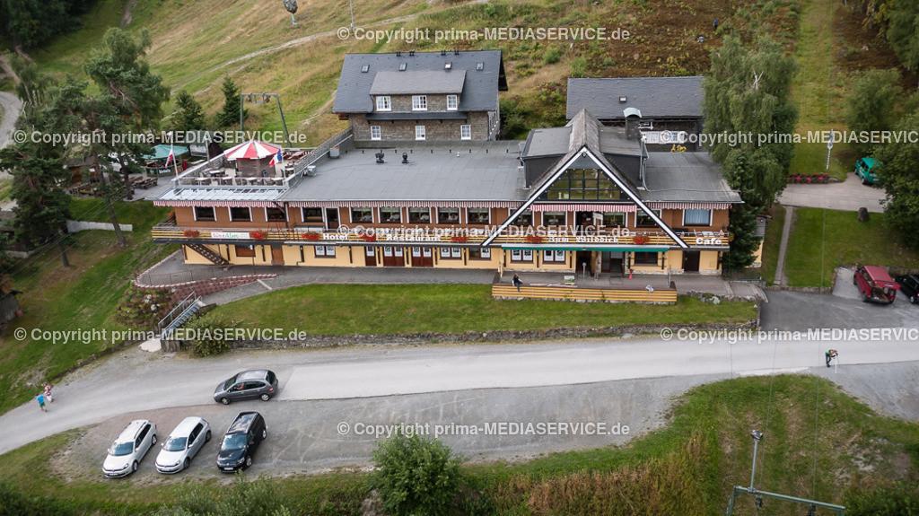 2013-08-15-Luftbilder-Willingen-F0615   Luftbild 15.08.2013 in Willingen (Upland) (Hessen, Deutschland), Gastronomiebetrieb