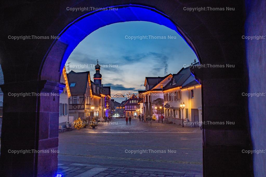 DSC_3831   ble,Lorsch, blaues Weihnachtswunder, Innenstadt, ,, Bild: Thomas Neu