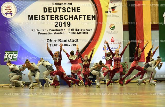 Deutsche Meisterschaften Rollkunstlauf in Ober-Ramstadt 20190803 copyright by HEN-FOTO | Deutsche Meisterschaften Rollkunstlauf in Ober-Ramstadt 20190803 Formation Platz 1 Dream Team copyright + Foto: Peter Henrich (HEN-FOTO)
