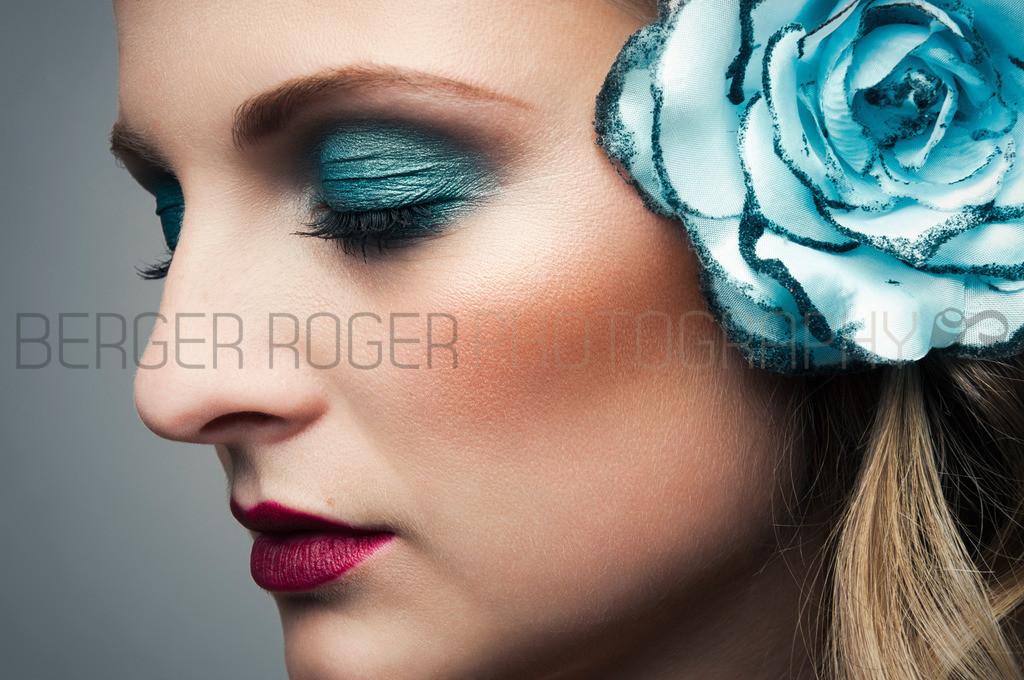 Cool Blue Flower Beauty   Aus dem Shooting mit Model Karen