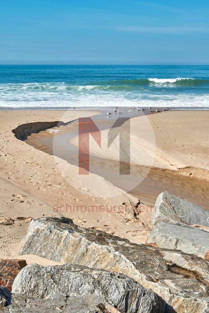 Strand in der Nähe von Porto in Portugal