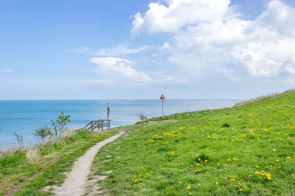 Steilküste in Stohl | Steilküste in Stohl im Frühling
